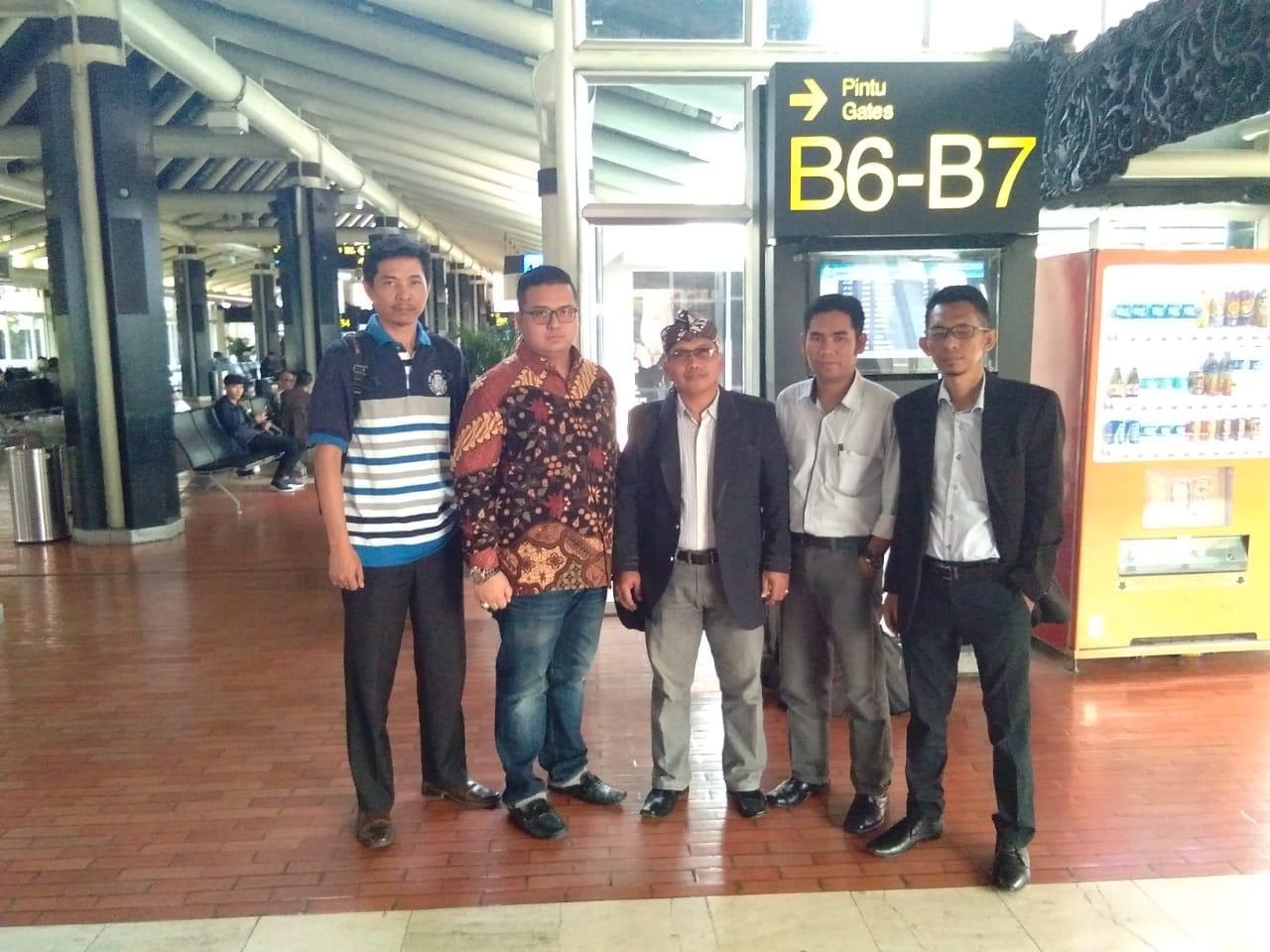 Permalink to 57 Alat Bukti Diterima MK,Tim Advokasi Sarimuda-Rozak Optimis Pasangan Harfit Didiskualifikasi