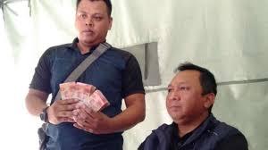 Permalink to Minta Jatah Uang Rehab Gempa Lombok, Anggota DPRD Ditangkap